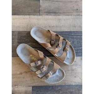 Birkenstock | Size 39 Brown Triple Strap Sandals